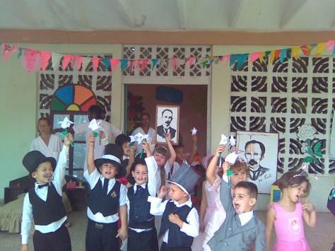 Homenajeando a Martí