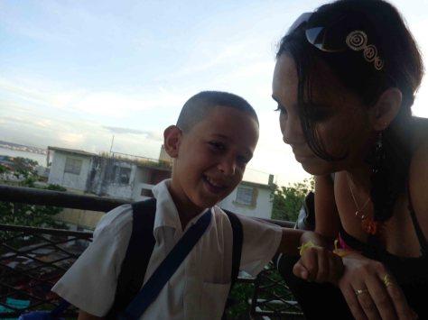 Con mi Alejo, al salir en la mañana rumbo escuela/trabajo.